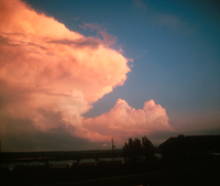 Sunset on cumulonimbus cloud (DI00134), Photo by Lester Zinser