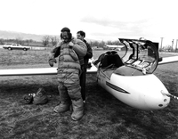 Preparation for sailplane flight (DI02061)
