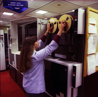 The Ampex mass storage system, 1985 (DI02112)