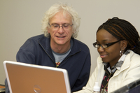 NCAR scientist works with graduate student (DI02573)