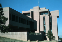 NCAR Mesa Laboratory: south-facing facade (DI00241)